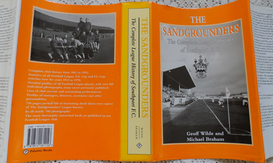 Sandgrounders-Dust-Jacket