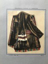 Ornements De Perles Des Peuples Finnois et Siberiens